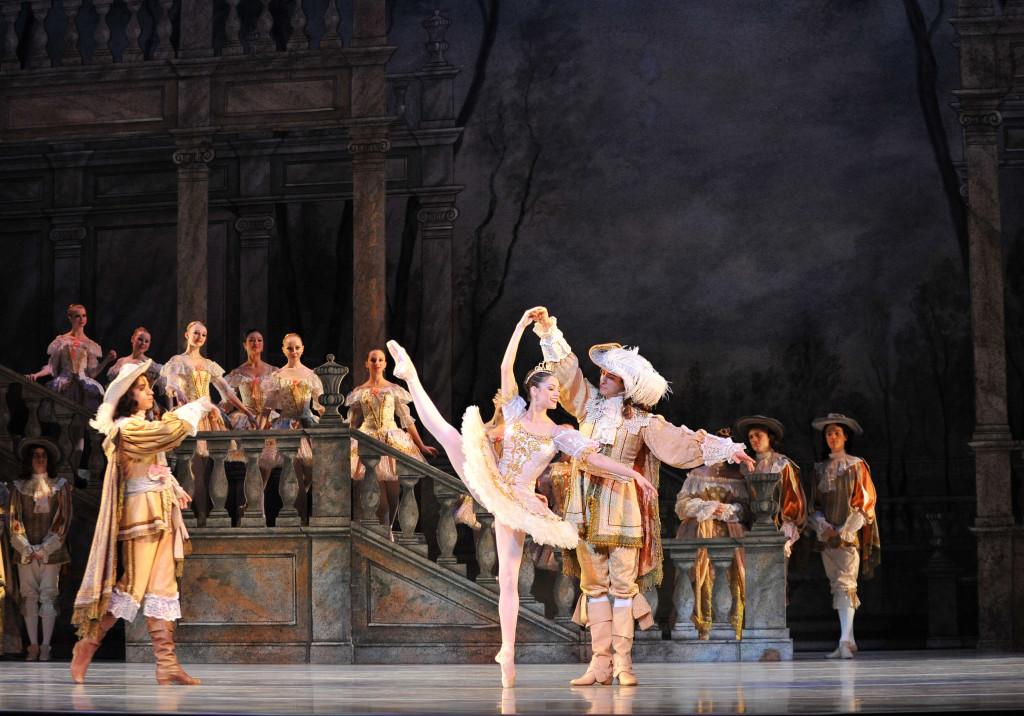 charlotte-ballet-jean-pierre-bonnefouxs-sleeping-beauty-photo-peter-zay