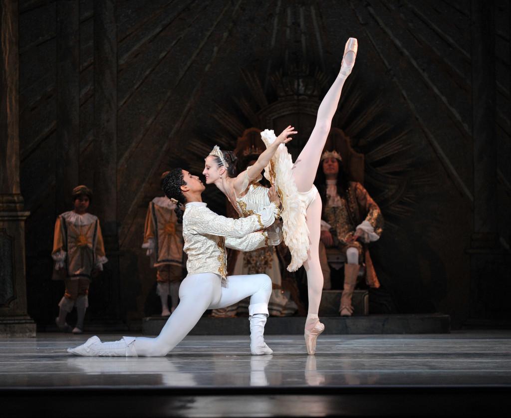 charlotte-ballet-jean-pierre-bonnefouxs-sleeping-beauty-photo-by-peter-zay-edit
