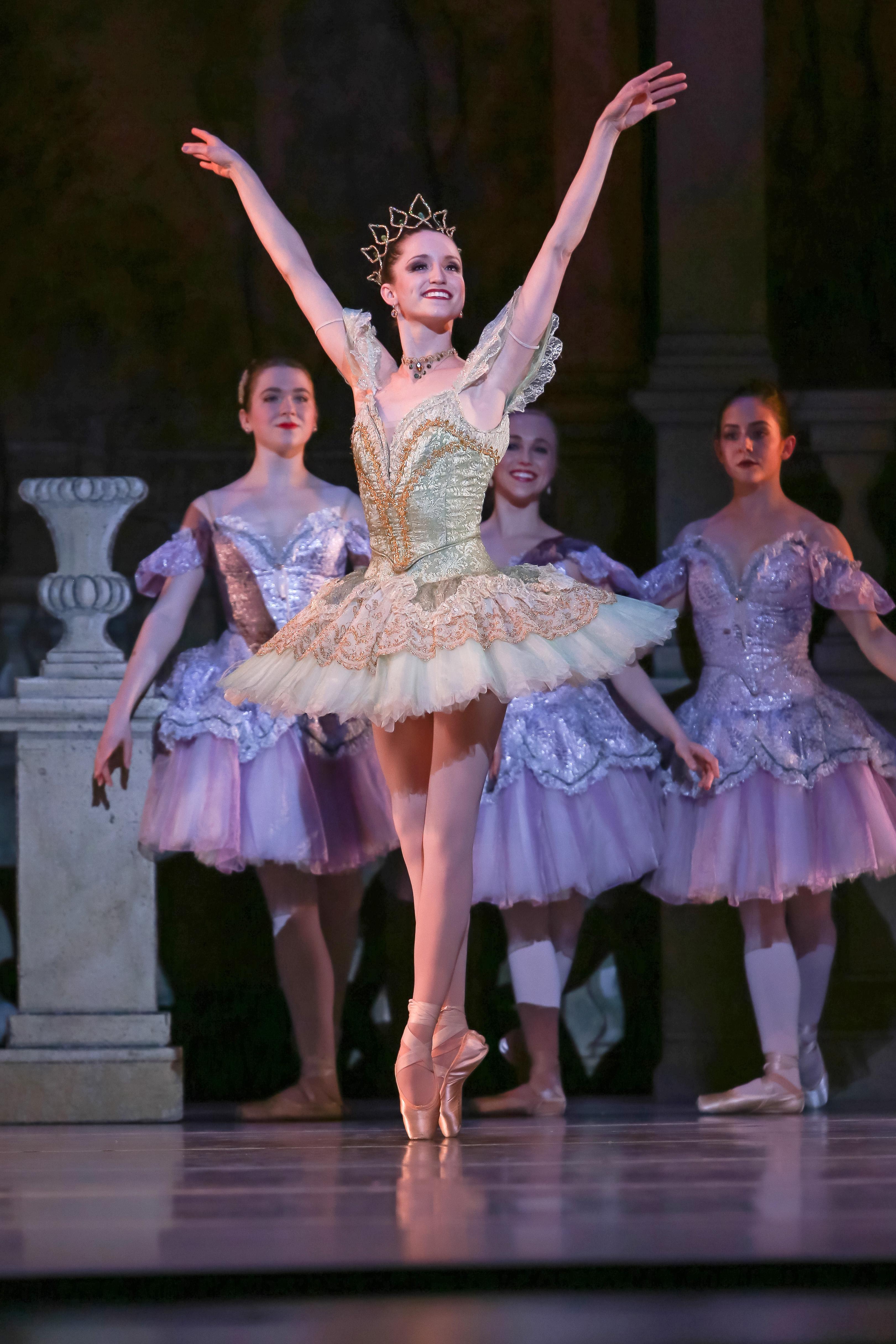 charlotte-ballet-_sleeping-beauty_chelsea-dumas_photo-by-jeff-cravotta